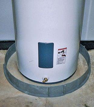 An old water heater in Mount Vernon, OH with flood protection installed